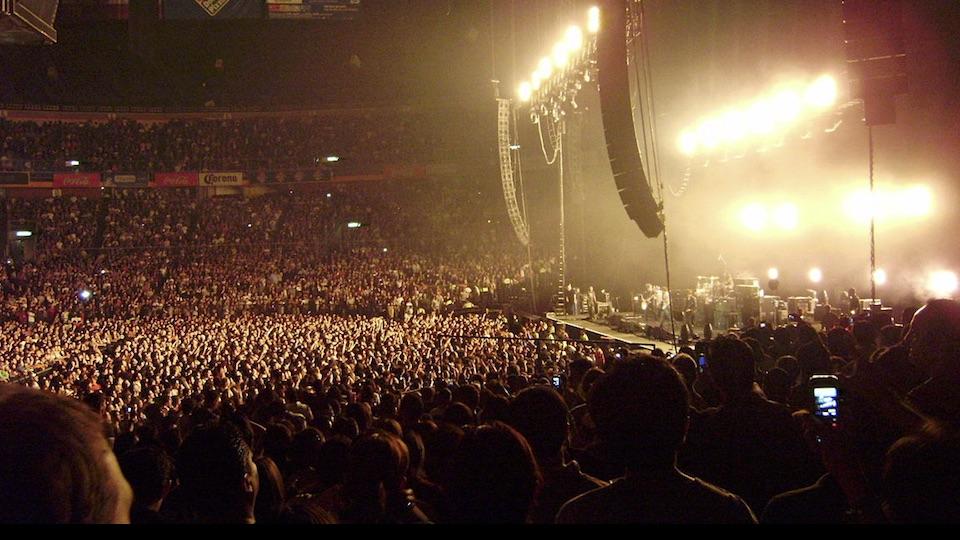 rock show merch